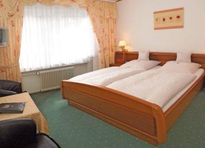 Hotel Haus Christa - Geräumige Zimmer